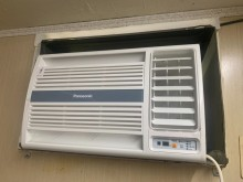 107年國際牌右吹冷專窗型冷氣窗型冷氣無破損有使用痕跡
