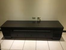 [9成新] 實木電視櫃其它家具無破損有使用痕跡