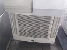 [7成新及以下] 日立2手1頓4-6坪變頻冷暖窗型冷氣有明顯破損
