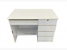 [7成新及以下] E9071*白色5抽電腦書桌*電腦桌/椅有明顯破損
