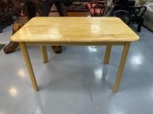 [9成新] E90523*松木餐桌餐桌無破損有使用痕跡
