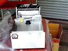 [全新] 高上{全新}8公升桌上型油炸機2飯鍋/電鍋全新