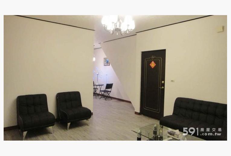 台北租屋,大同租屋,整層住家出租,明亮寬敞大客廳,現代感十足