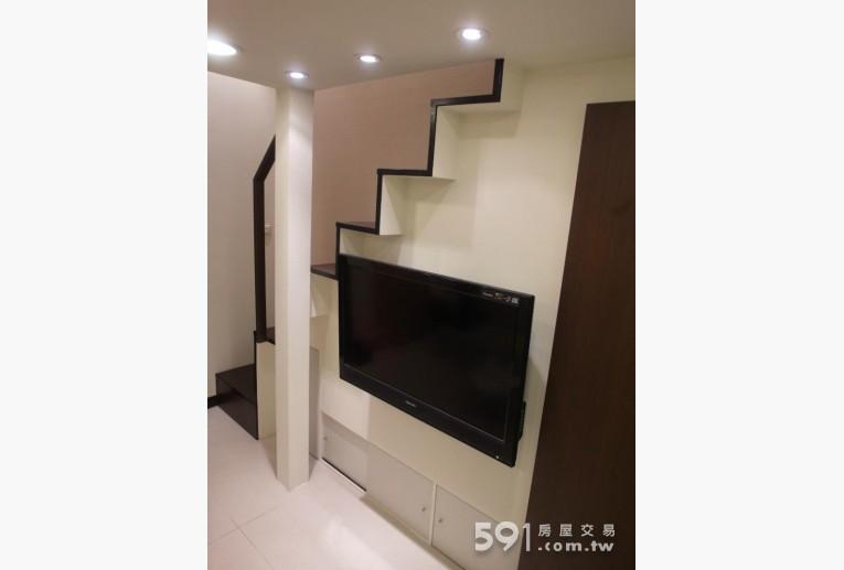 台北租屋,中山租屋,獨立套房出租,典雅客廳 大型液晶電視
