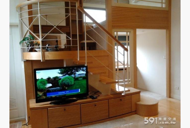 台北租屋,中山租屋,獨立套房出租,挑高3米6全新電視