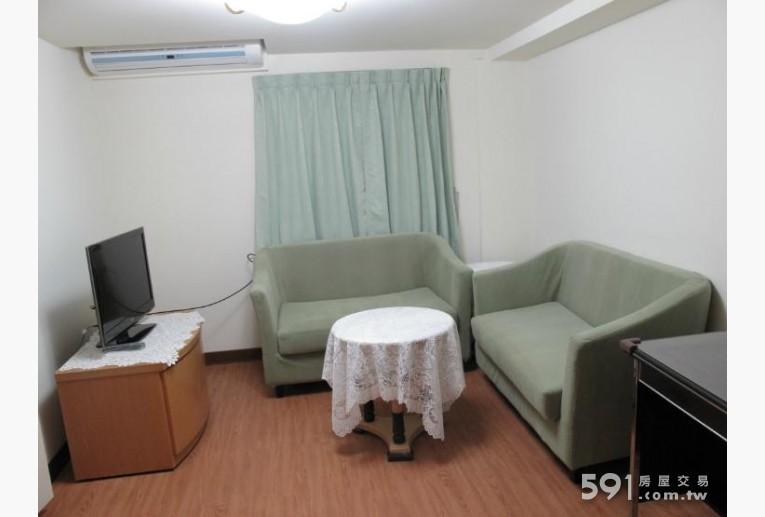 台北租屋,內湖租屋,分租套房出租,溫馨的客廳及家具
