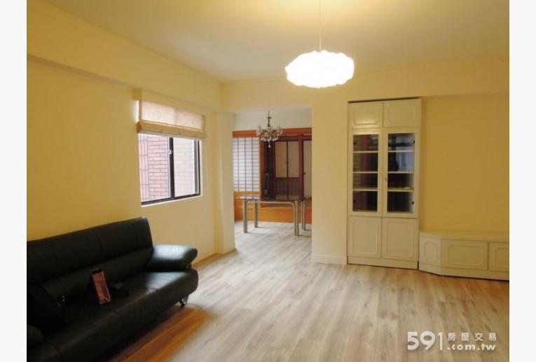 台北租屋,大安租屋,整層住家出租,採光寬敞客廳