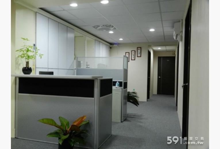 台北租屋,中正租屋,辦公出租,簡潔的公共空間,寬敞無壓迫感