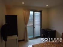 台北租屋,萬華租屋,獨立套房出租,全新裝潢採光極佳機能方便