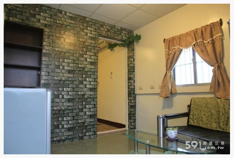 台東租屋,台東租屋,獨立套房出租,溫馨小客廳