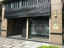 台北買屋,大同買房子,店面出售,5米高華夏店面重慶北路公車站旁含衛浴裝潢