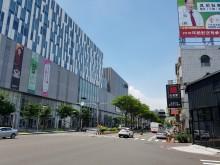 台南東區~南紡購物中心美套房平車