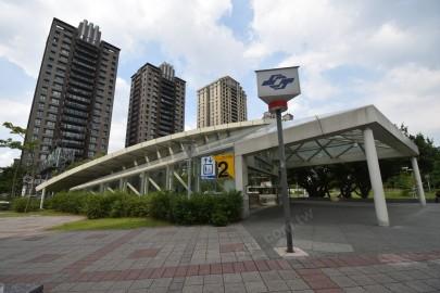 捷運紅線-象山站