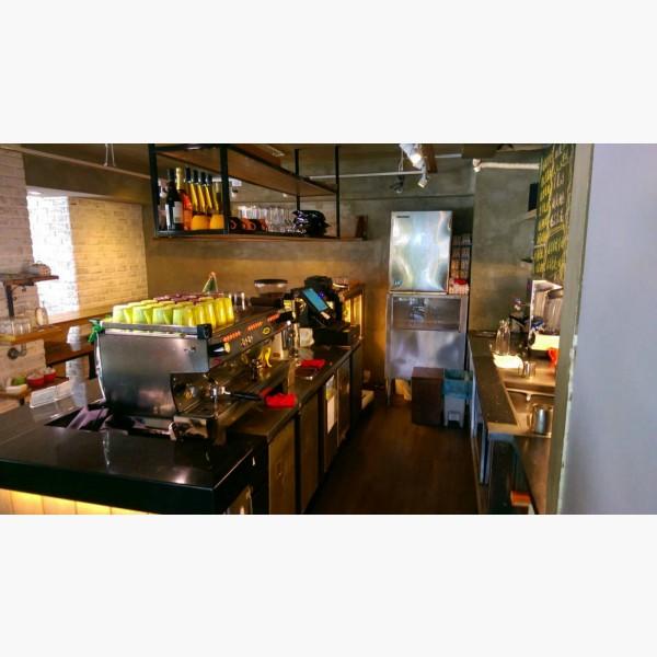 百萬裝潢優質咖啡廳-接手後立即可營業