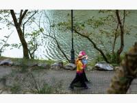 金龍湖畔-沐林