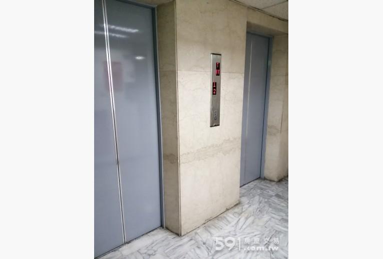 台北租屋,中山租屋,獨立套房出租,大樓電梯