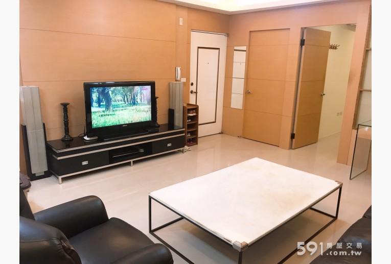 新北租屋,板橋租屋,整層住家出租,極簡舒適大客廳