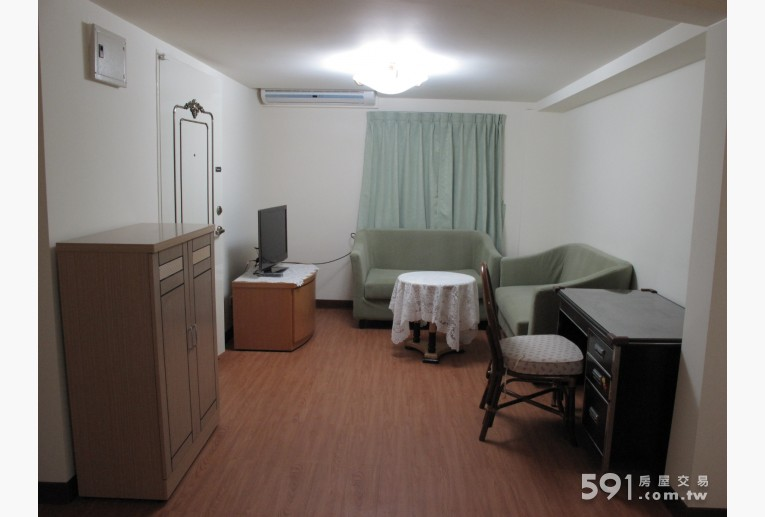 台北租屋,內湖租屋,分租套房出租,寬敞的小客廳